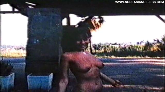 Mika Barthel Pat Una Donna Particolare Brunette Medium Tits Beautiful