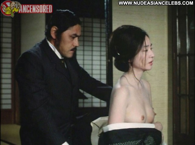 Naoko Otani Zigeunerweisen Gorgeous International Asian Posing Hot