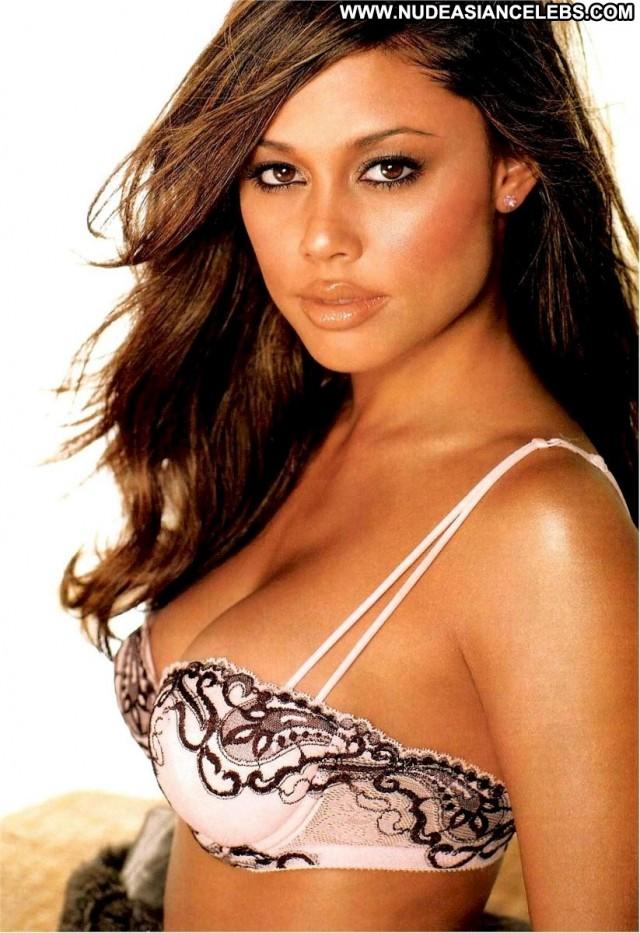 Vanessa Minnillo Miscellaneous Posing Hot Celebrity Sensual Nice