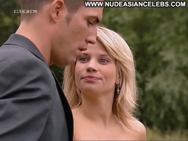 Finja Martens Unter Uns International Medium Tits Celebrity Sultry
