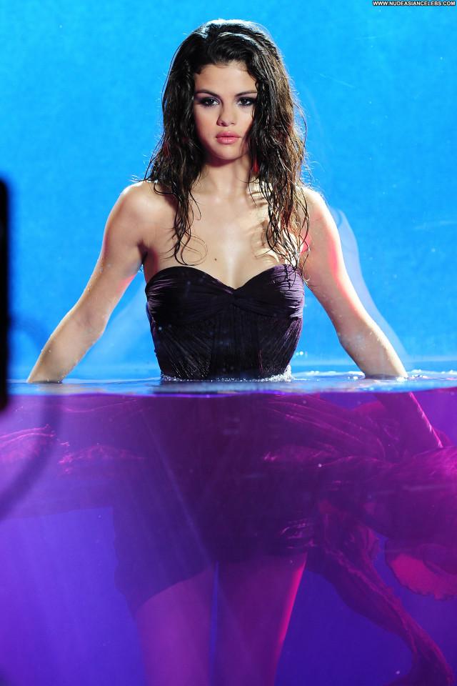 Selena Gomez The Dentist Pretty Stunning Gorgeous Cute Doll Celebrity