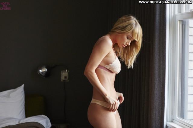 Sara Jean Underwood No Source Babe Celebrity Beautiful Lingerie