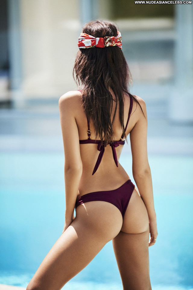 Emily Ratajkowski No Source Bikini Celebrity Posing Hot Babe Beautiful
