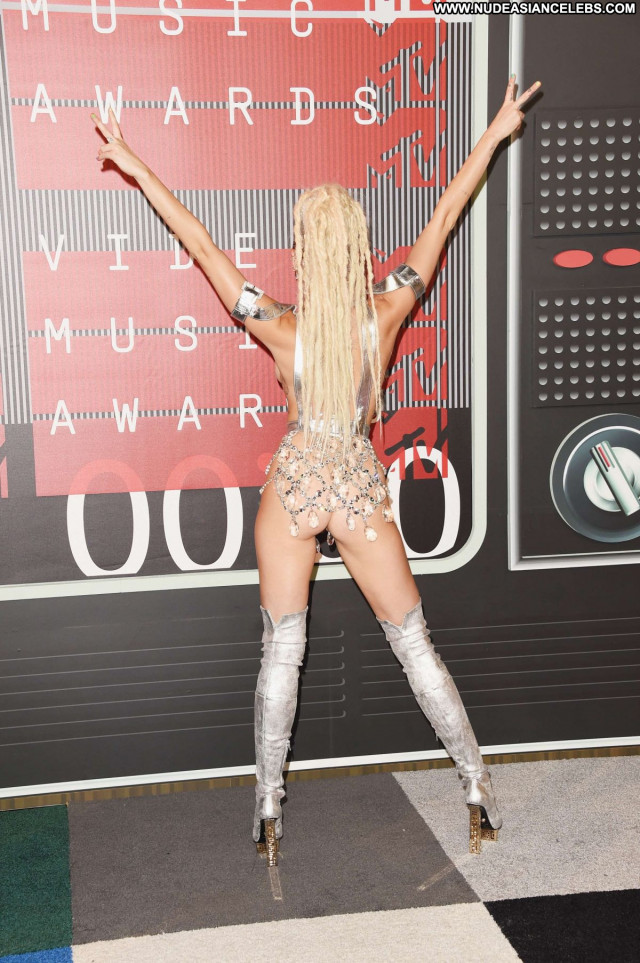 Miley Cyrus No Source Posing Hot Beautiful Celebrity Awards Babe