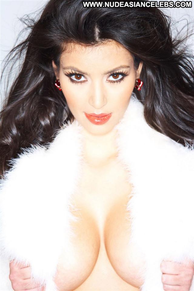 Kim Kardashian No Source Babe Beautiful Hot Celebrity Nude Posing Hot