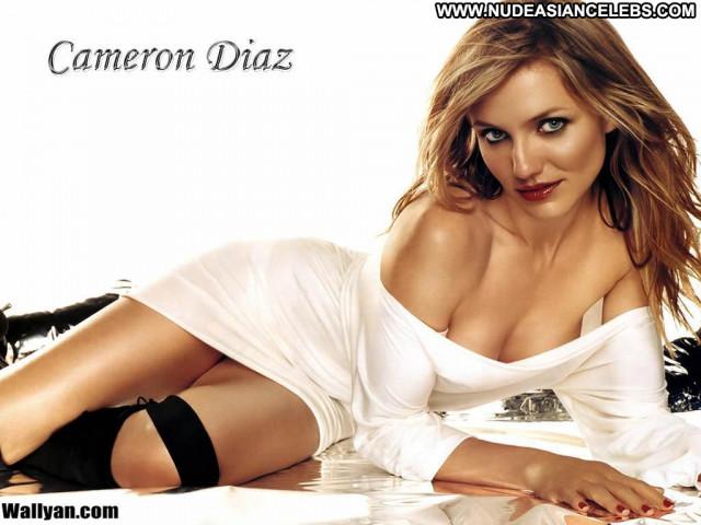 Cameron Diaz No Source Posing Hot Babe Beautiful Celebrity
