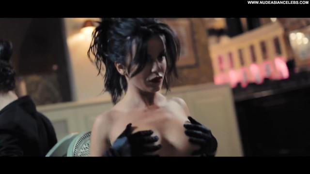 Julia Volkova No Source Babe Beautiful Posing Hot Topless Celebrity