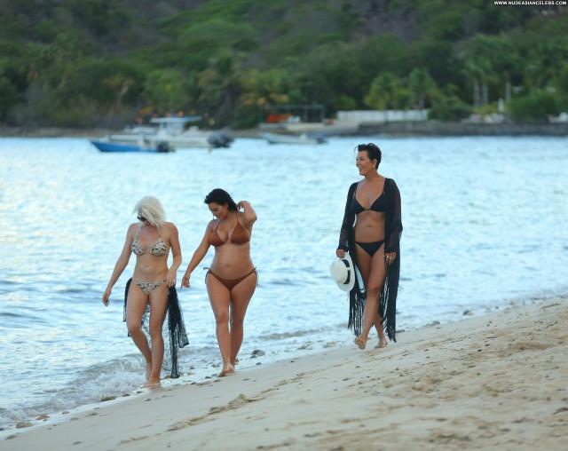 Kim Kardashian Beautiful Posing Hot Bikini Babe Celebrity