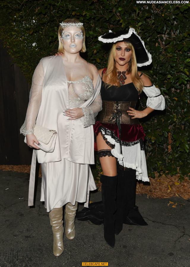 Hayley Hasselhoff Halloween Party Halloween Babe Posing Hot Celebrity