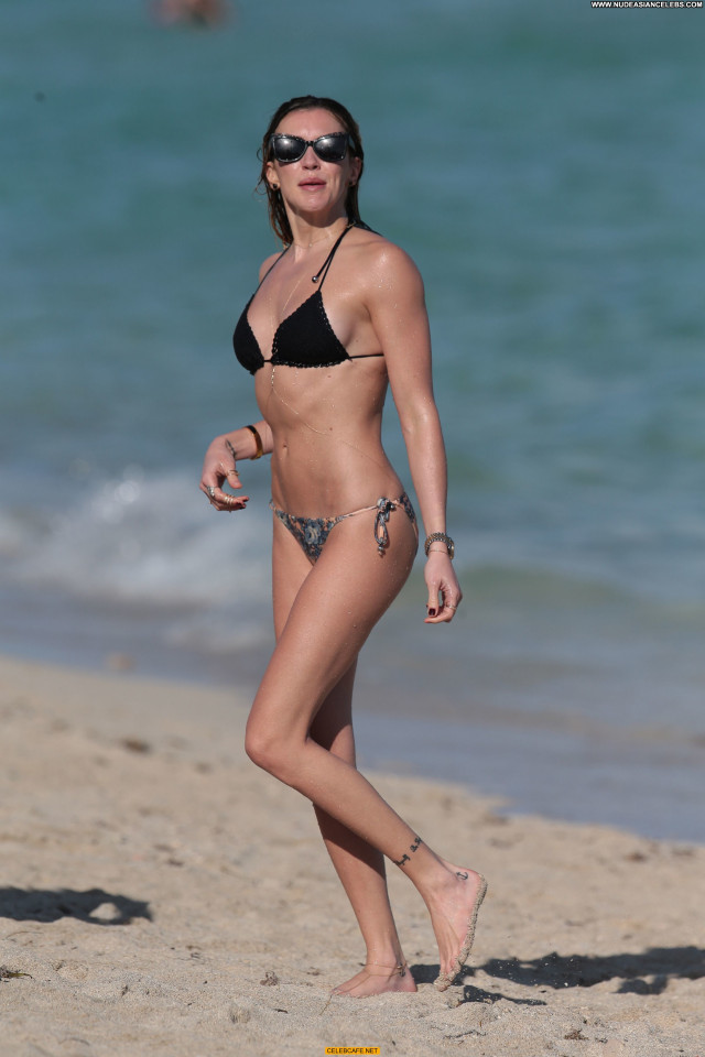Katie Cassidy The Beach Beach Celebrity Posing Hot Babe Bikini