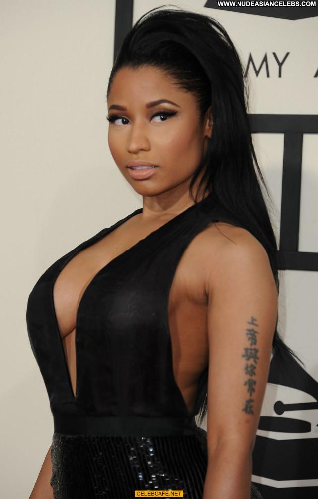 Nicki Minaj Grammy Awards Beautiful Posing Hot Awards Babe Celebrity