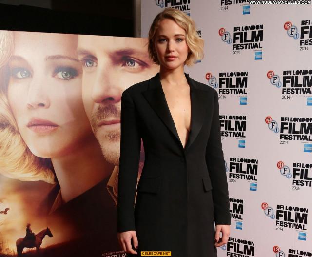 Jennifer Lawrence No Source Posing Hot Babe Beautiful London Celebrity
