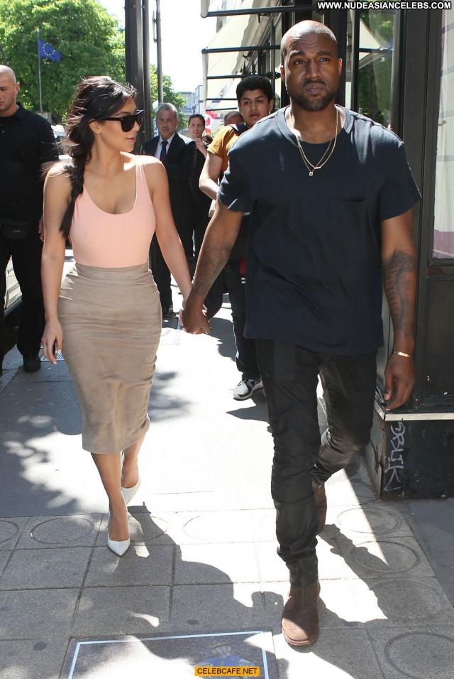 Kim Kardashian No Source  Ass Babe Beautiful Posing Hot Celebrity