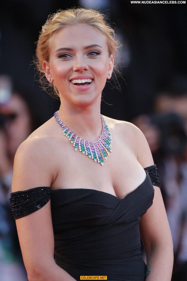 Scarlett Johansson Under The Skin Sexy Cleavage Beautiful Posing Hot