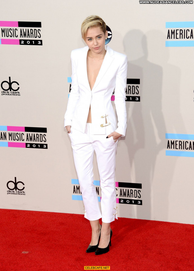 Miley Cyrus American Music Awards Celebrity Babe American Beautiful