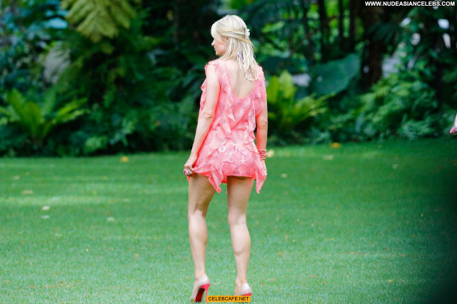 Paris Hilton No Source  Beautiful Celebrity Pants Posing Hot Babe