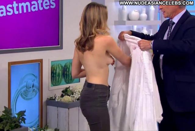 Hannah Almond No Source  British Yoga Babe Public Big Tits Posing Hot