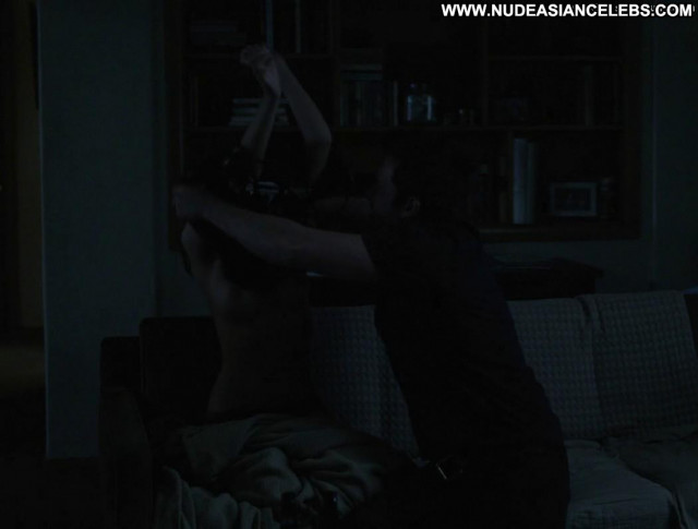 Emily Ratajkowski Gone Girl Kissing Posing Hot Toples Breasts Big