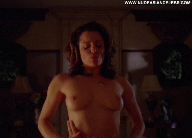 Alanna Ubach Up In The Air Posing Hot Nude Sex Scene Panties Babe