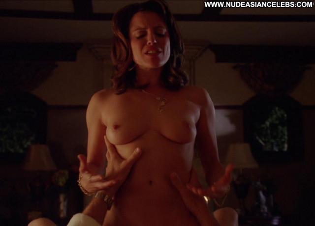 Alanna Ubach Up In The Air Nude Posing Hot Nude Sex Scene Panties Bed