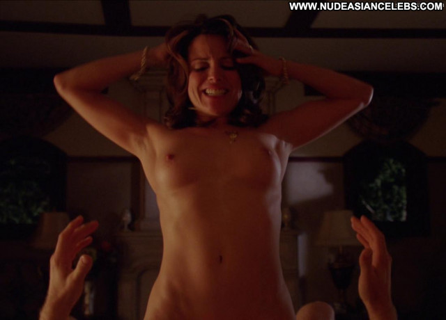 Alanna Ubach Up In The Air Babe Celebrity Bed Big Tits Sex Scene