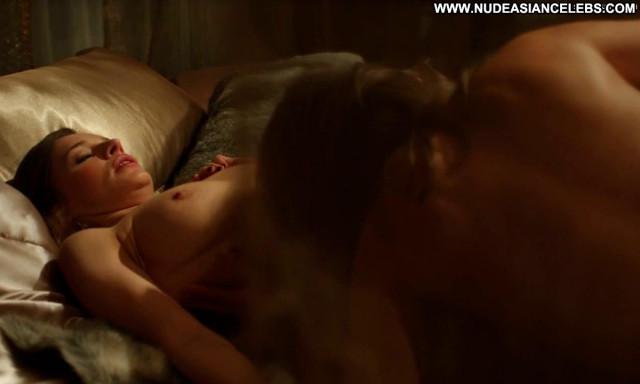Catherine Walker Strike Back Big Tits Beautiful Breasts Topless