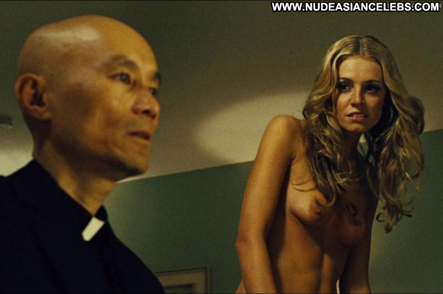 Christine Marzano In Seven Psychopaths Hooker Posing Hot Big Tits Bar