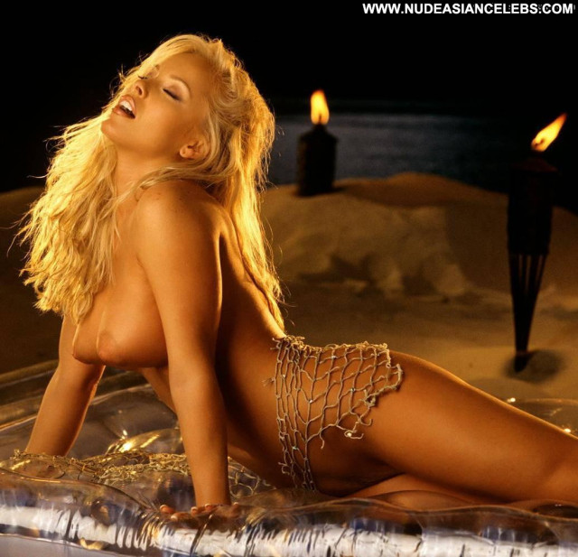 Jaime Bergman The Affair Bed Angel Cute Celebrity Smile Babe