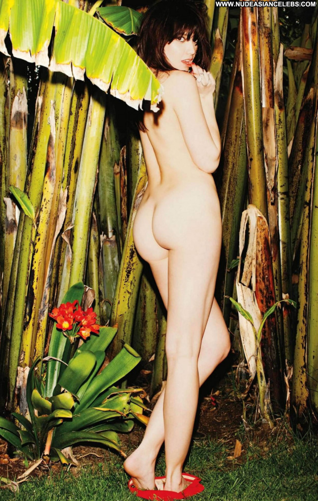 Daisy Lowe Full Frontal Full Frontal Ass Flashing Underwater Nude Big