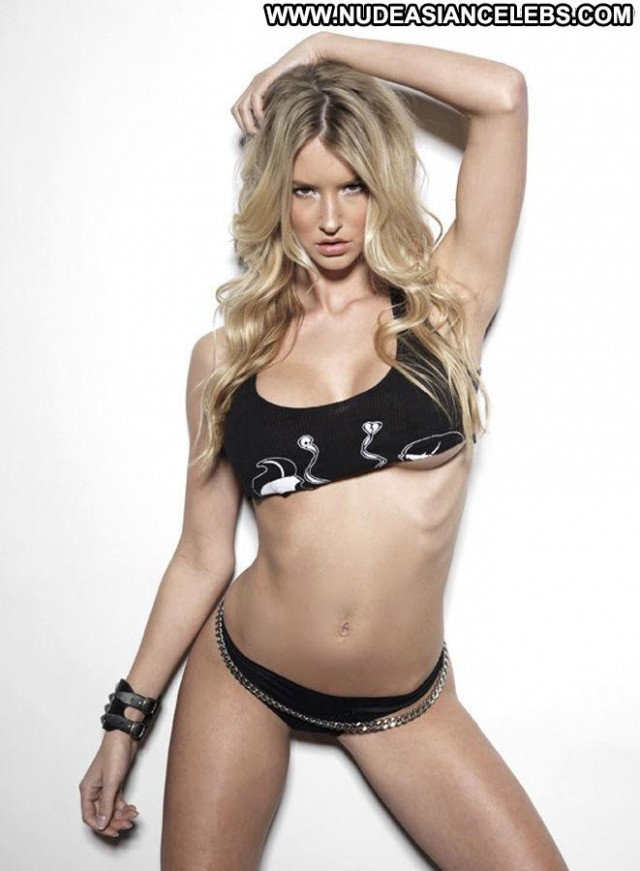 Danica Thrall The Wait Toples Posing Hot Celebrity Babe Topless Babe