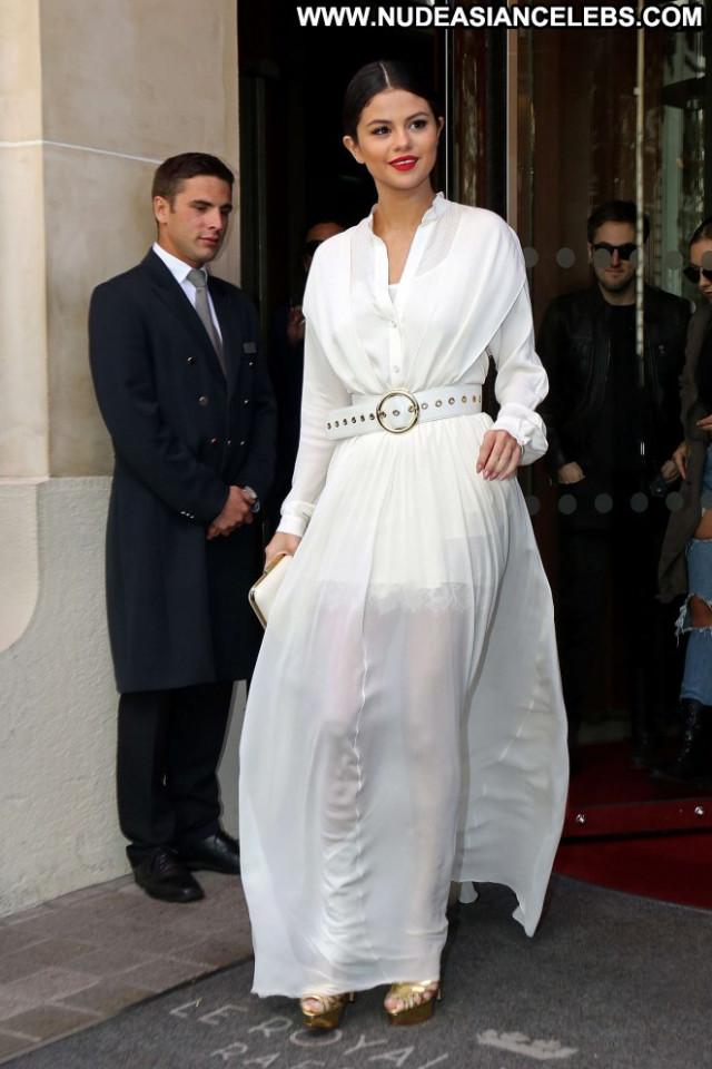 Selena Gomez No Source Paparazzi Paris Hot Beautiful Celebrity Hotel