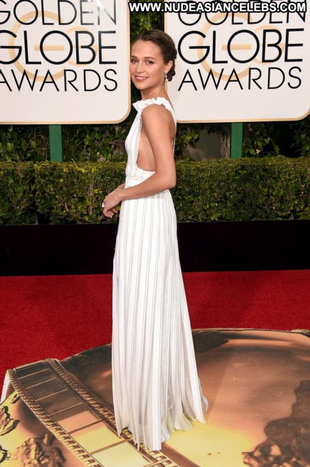 Alicia Vikander Golden Globe Awards Paparazzi Babe Posing Hot