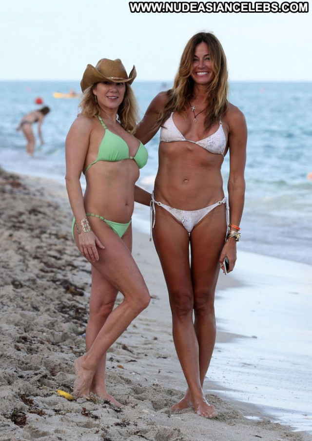 Ramona Singer Posing Hot Beautiful Celebrity Paparazzi Bikini Singer