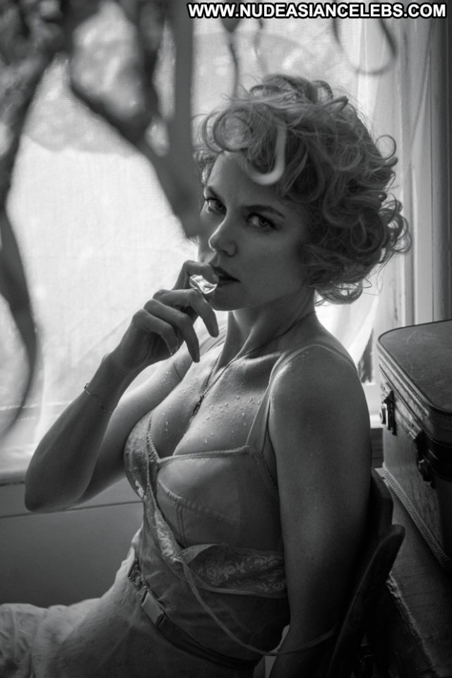 Nicole Kidman W Magazine Magazine Beautiful Posing Hot Celebrity
