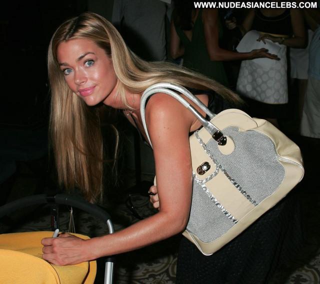 Denise Richards Babe Beautiful Posing Hot Paparazzi Celebrity Rich