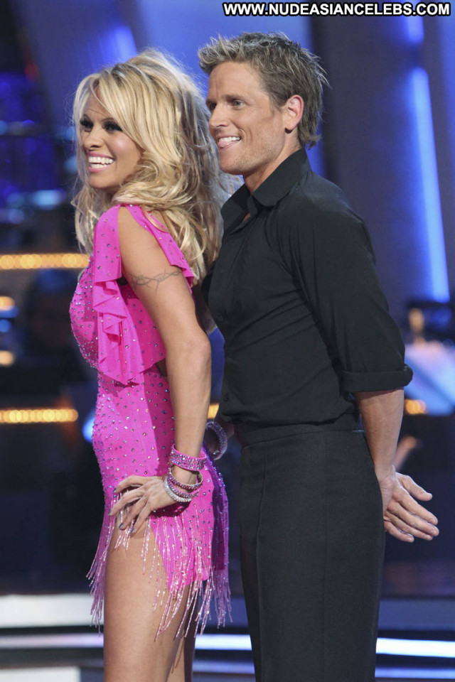 Pamela Anderson Dancing With The Stars Dancing Beautiful Posing Hot