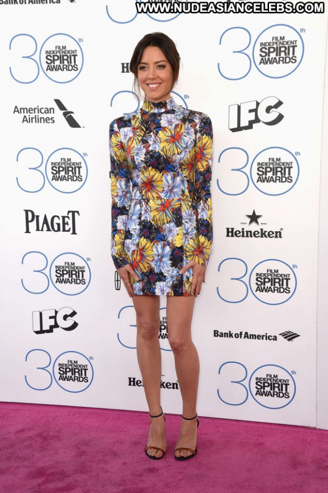 Aubrey Plaza Beautiful Paparazzi Celebrity Awards Posing Hot Babe