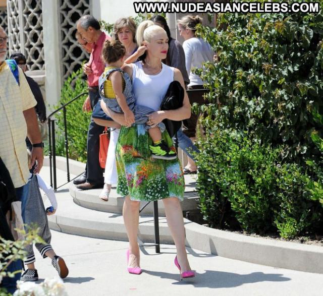 Gwen Stefani Los Angeles Babe Angel Posing Hot Paparazzi Celebrity