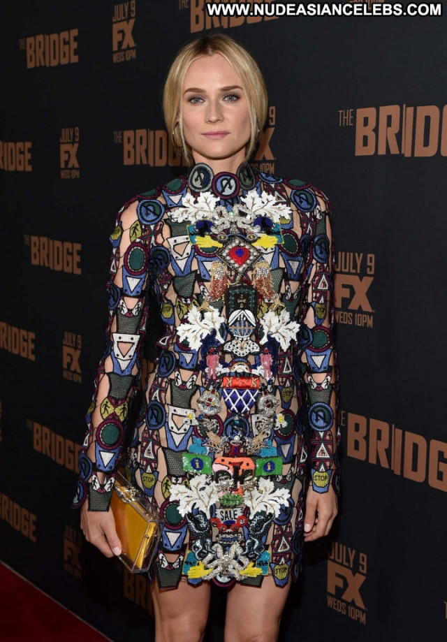 Diane Kruger The Bridge Beautiful Hollywood Posing Hot Sea Paparazzi