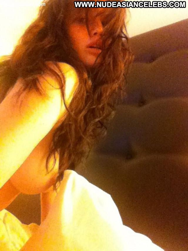 Jennifer Lawrence Posing Hot Perfect Famous Boss Babe Glamour