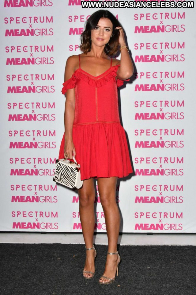 Lucy Mecklenburgh Mean Girls Paparazzi Posing Hot Beautiful Babe