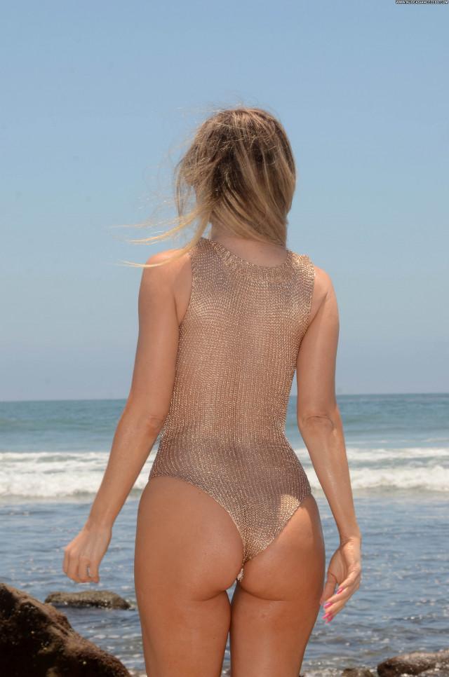Amy Schumer Boob Slip Anna Nicole Car Singer Brazilian Celebrity Bra