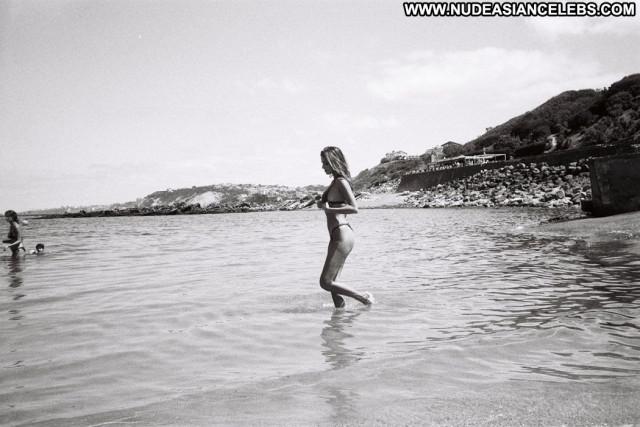 Shanta De Keuning Anna Nicole Model Hat Posing Hot Mali Celebrity