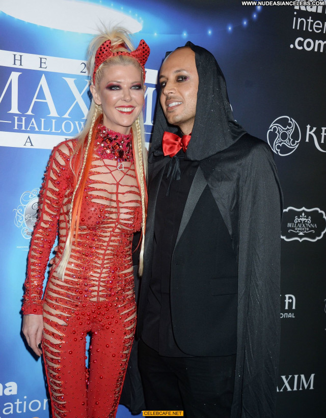 Tara Reid Halloween Party Celebrity Posing Hot Beautiful Babe Devil