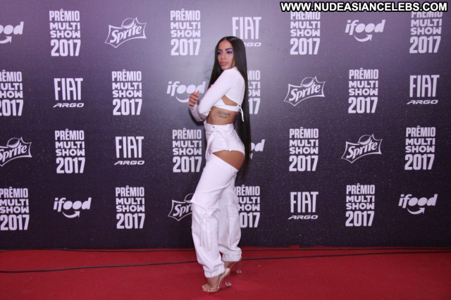 Cardi B Anna Nicole Posing Hot Car Actress Beautiful Winter Brazilian