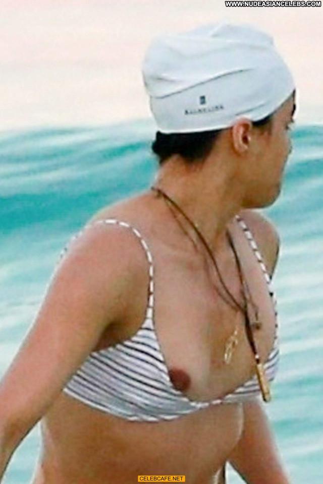 Michelle Rodriguez No Source Beach Babe Celebrity Mexico Nipple Slip