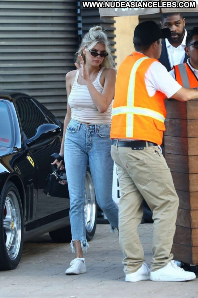 Charlotte Mckinney No Source Babe Paparazzi Celebrity Mali Posing Hot