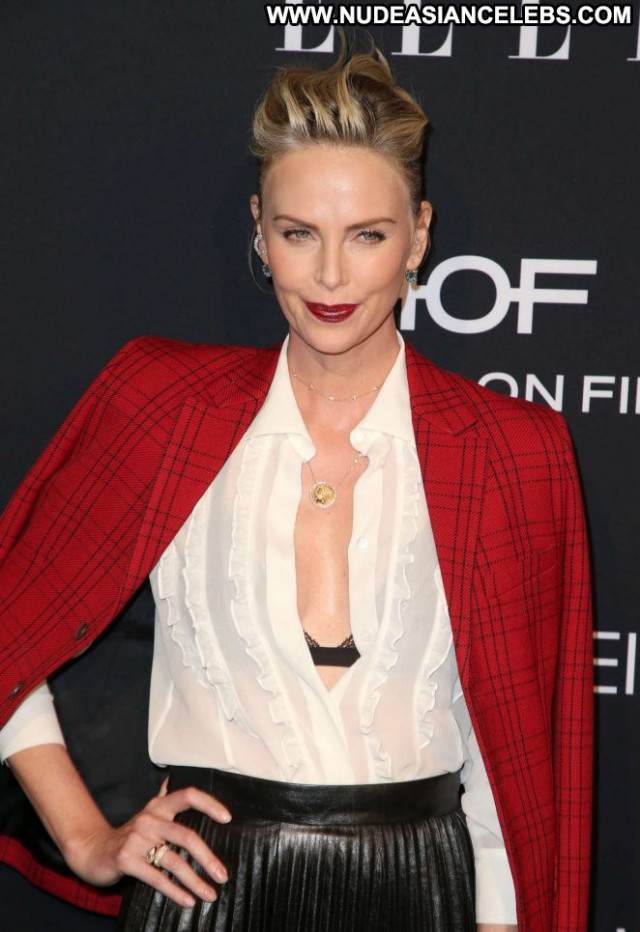 Charlize Thero No Source Beautiful Hollywood Celebrity Posing Hot