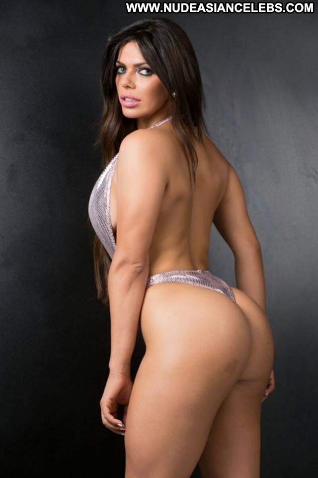 Suzy Cortez Big Brother Model Brazil Mexico Bar Nude Football Big