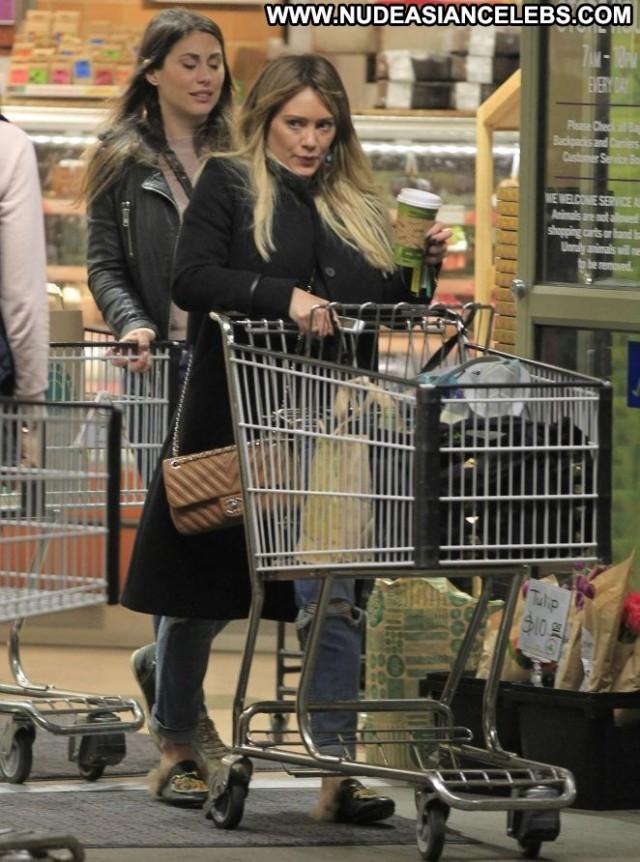 Hilary Duff Beverly Hills Paparazzi Shopping Beautiful Babe Posing